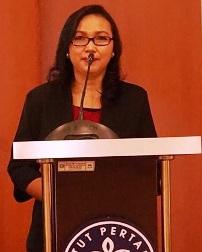 Selamat Dr. Dewi Susiloningtyas, SSi.Msi.
